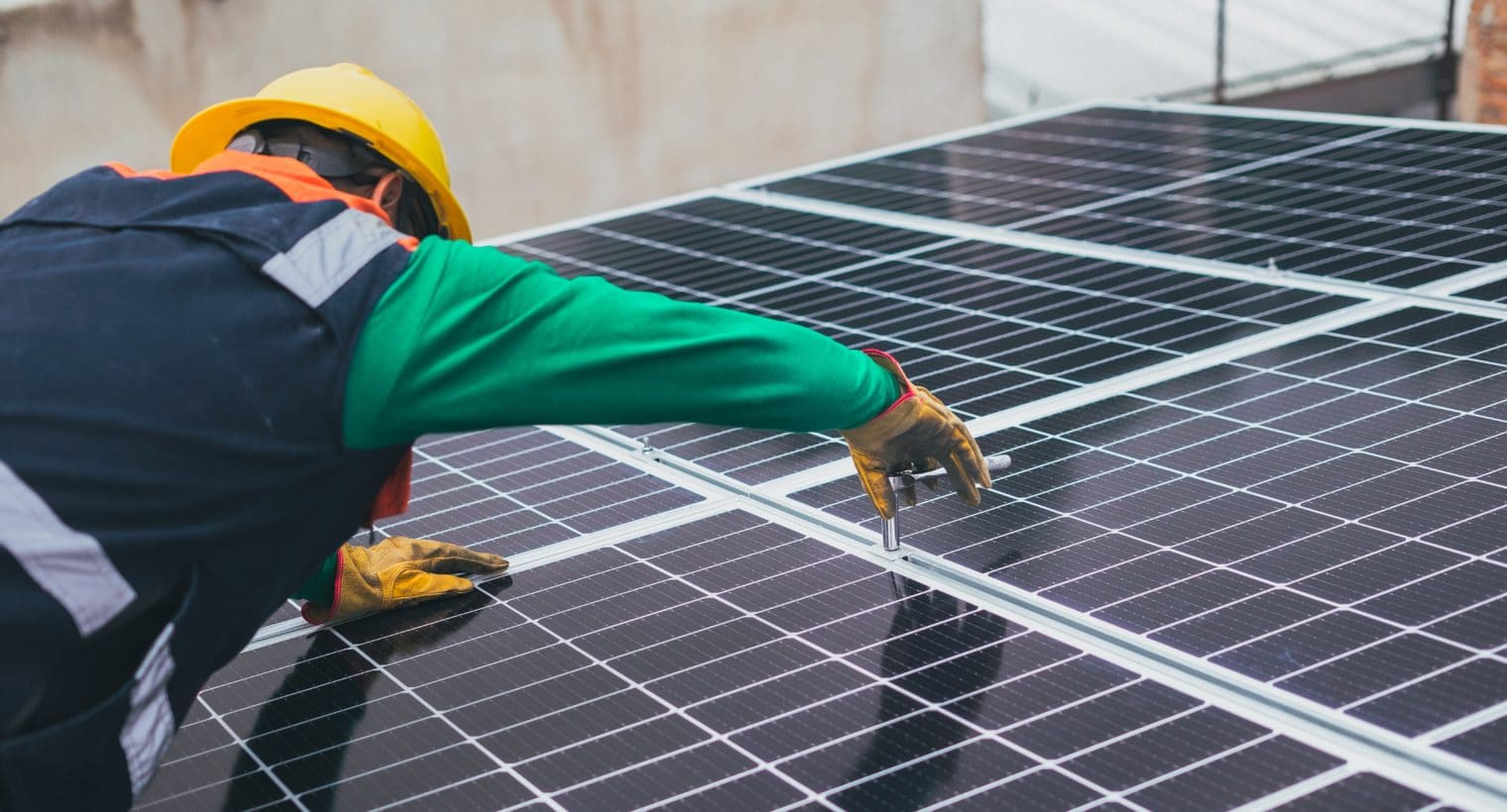 installation photovaltaiques, panneaux solaires, hybrides, bifaciaux